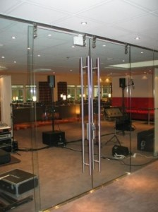 Commercial Frameless Doors